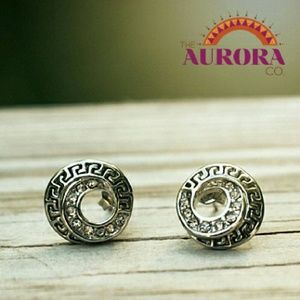 THE AURORA CO. Sacred Spiral gold plate earrings