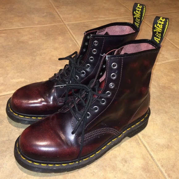 Dr  Martens 1460 boot Cherry Red Arcadia women's 9