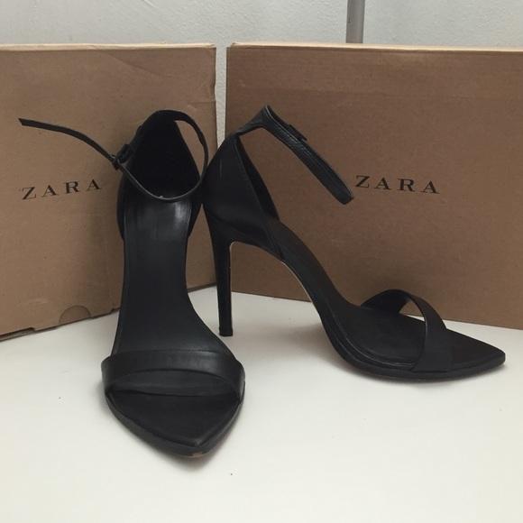 38b4edb1512 ZARA barely there minimalist heels. M 567817528f0fc49c53001269