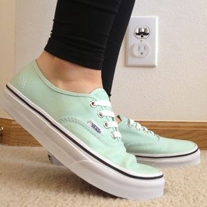 vans authentic mint