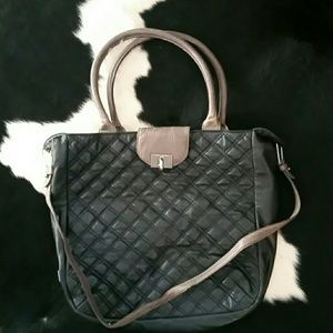 Marc Jacobs Handbags - Marc Jacobs black and grey quilted handbag!!!!!!