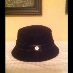 Coach bucket hat.