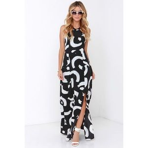 Lulu's Dresses & Skirts - Maxi dress