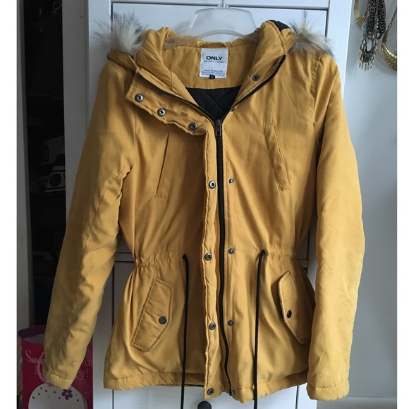 43% off ONLY Jackets & Blazers - Only Faux Fur Hooded Yellow Parka ...