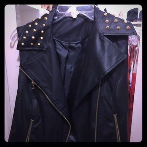 Black leather sleeveless vest