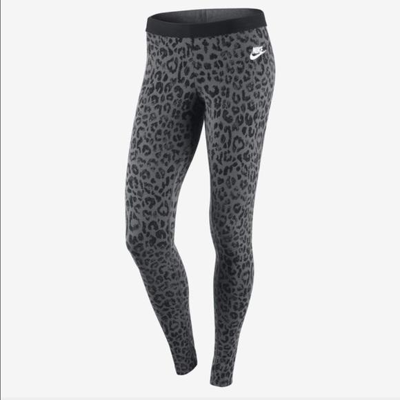 Pants Leopard Leggings Nike Poshmark Print dZfTzpW5qT