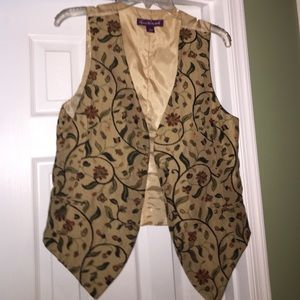 Gloria Vanderbilt tapestry vest