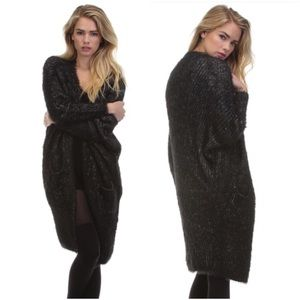 Tea n Cup Sweaters - 🔥SALE🔥 Tea n Cup Black Faux Fur  Coat