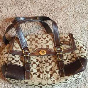 Signature Coach satchel bag in brown