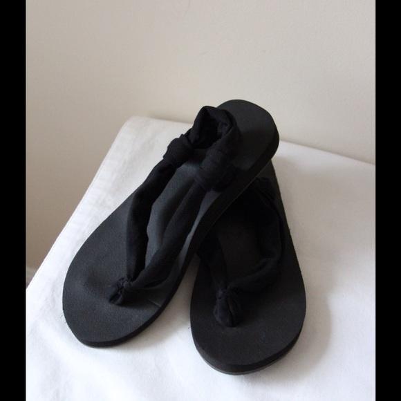 d9be2deb35cf Yoga mat flip flops. M 5679867613302a072900f322