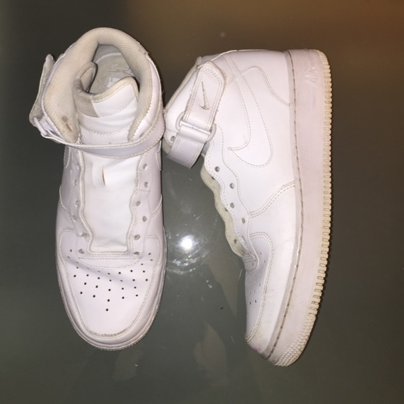 Nike Shoes | White Laceless Air Force S