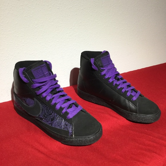 newest 35bbf 8c820 Nike Shoes - NIKE BLAZER mid black purple . W5.5 eu36 m4