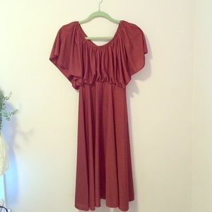 Beautiful VINTAGE wine colored party dress
