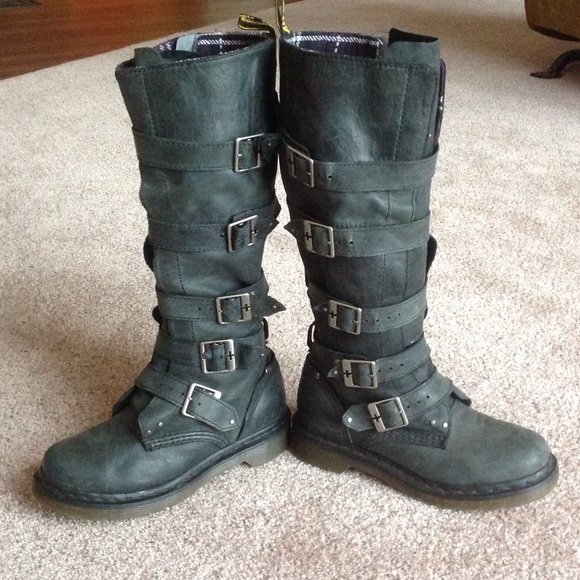 great prices new products later Dr. Martens Phina boots