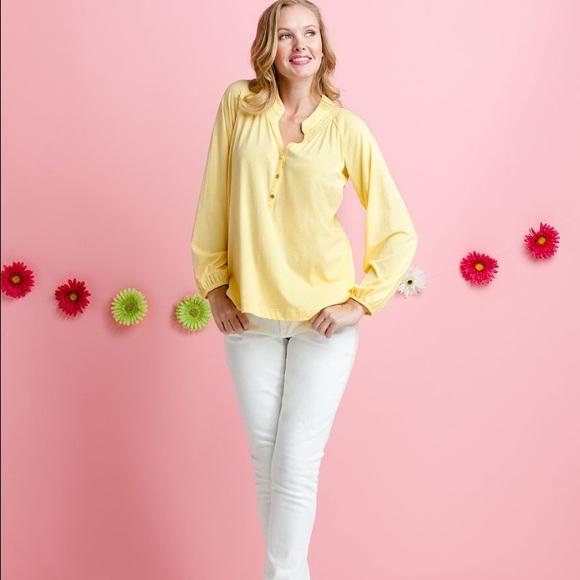 c2eb1a39cf2fea Lilly Pulitzer Tops - Yellow Elsa top 💛