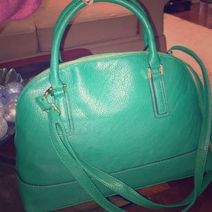 Faux Leather Tote Purse with detachable strap.