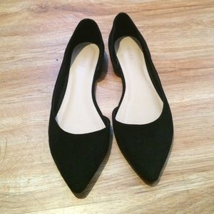 Pointed Toe Suede Flats