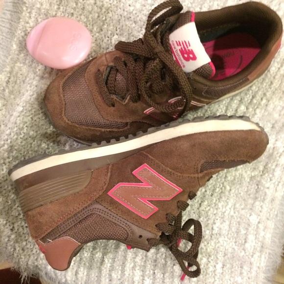 new balance brown pink