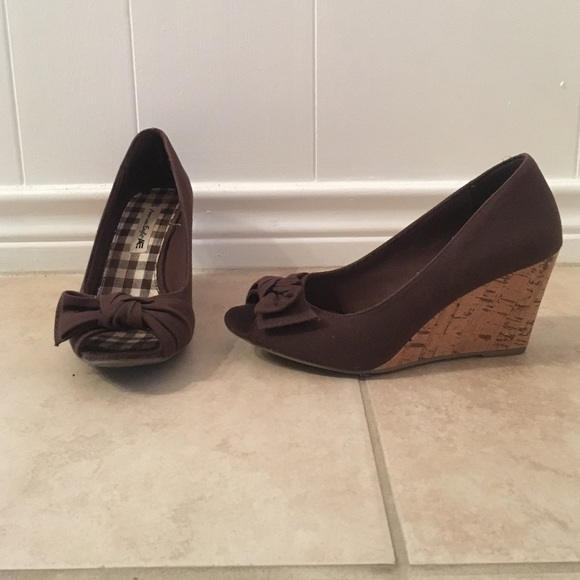 71 american eagle by payless shoes american eagle