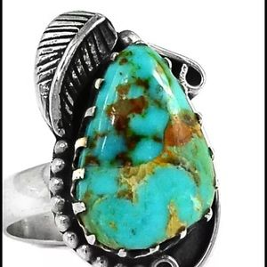 Jewelry - ❤️SOLD❤️Native American style turquoise ring