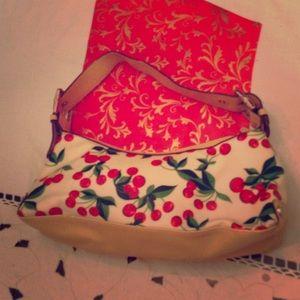 XOXO Handbags - XOXO cherry pocketbook