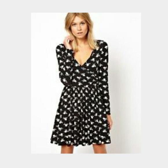 ASOS Dresses   Skirts - Asos Skater Dress in Heart Print - Longer length e66daf16e0f2