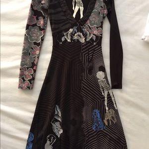 Desigual V neck cotton dress