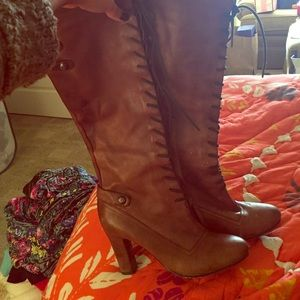 Sam Edelman lace up boots size 8.5