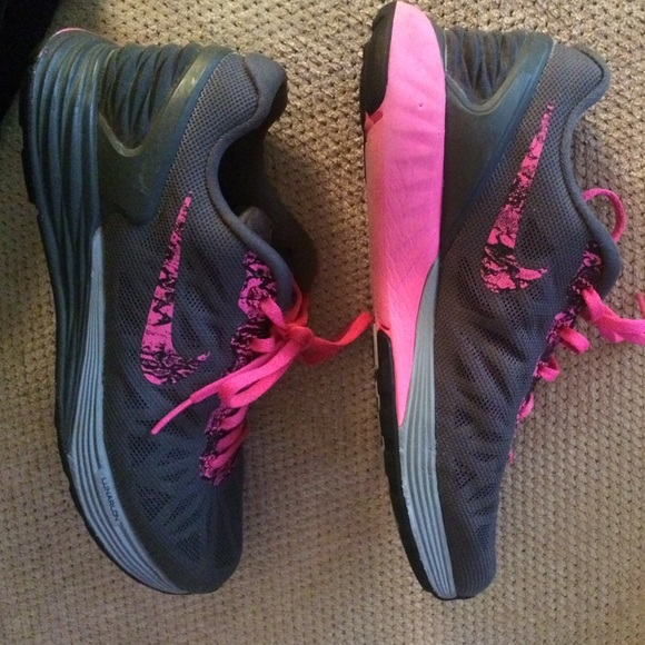 50 nike shoes nike gray pink tennis shoes from