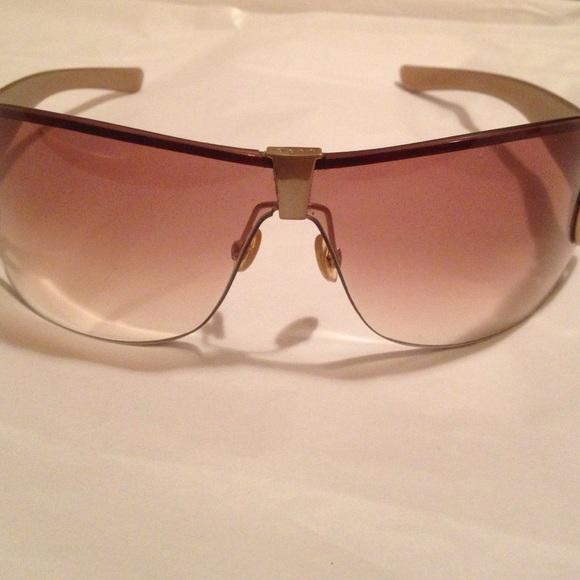 fbcb2b54493 Gucci Accessories - GUCCI WOMEN s 2807 S WRAP SUNGLASSES