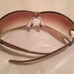 f0302309d7c6c Gucci Accessories - GUCCI WOMEN s 2807 S WRAP SUNGLASSES