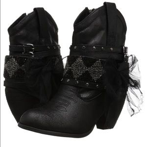 Not Rated Shoes - BNIB Not Rated Booties