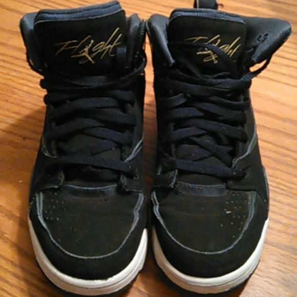 sports shoes 36dce c7568 M 567ccd4141b4e074eb009cdd