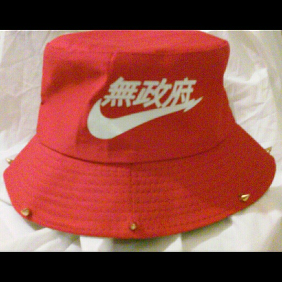 red nike bucket hat ef25b6a5107