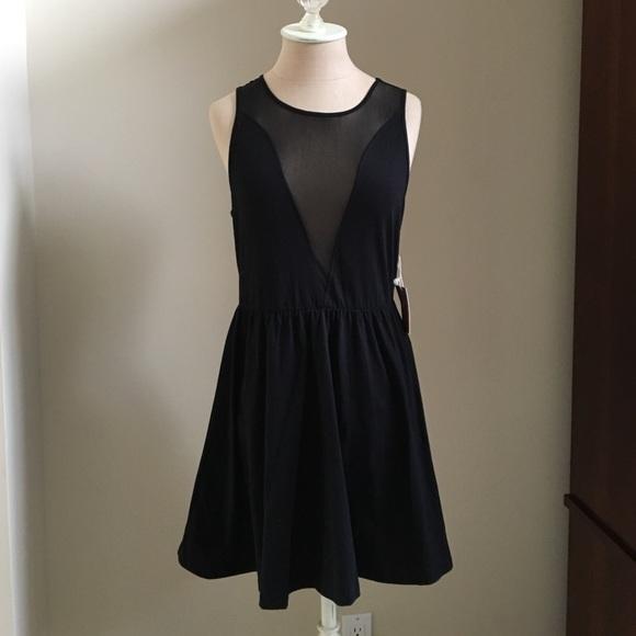 Forever 21 Mesh V neck and mesh back dress ea173703a