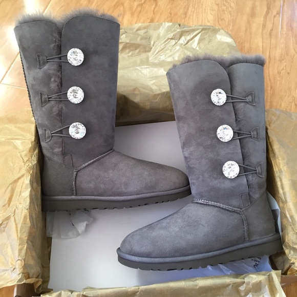 28eef846f6e UGG Bailey button bling triplet boots Sz 6 new NWT