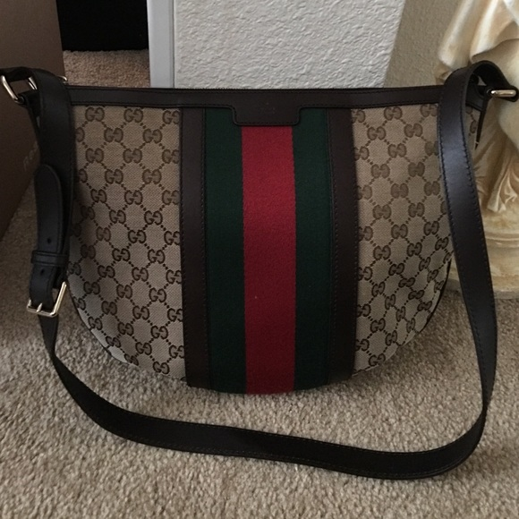 60a8e10f186dfc Gucci Bags | Authentic Web Gg Crossbody | Poshmark
