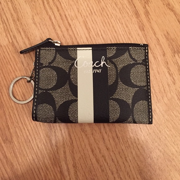 Coach Handbags - Authentic Coach Key Ring Wallet