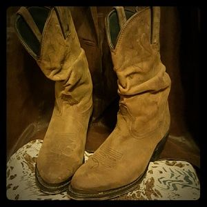 💋COWBOY BOOTS💋MARKED TO LOWEST PRICE!