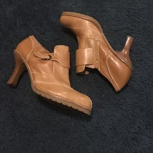 Tan Nine West ankle boot