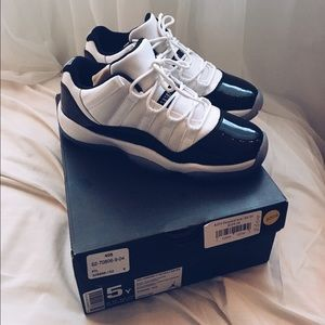 Flash sale⚡️5Y Concord 11 lows