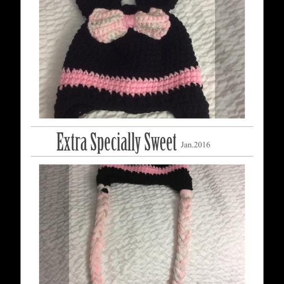 71a539eef63 Crochet Minnie mouse Mickey Mouse hat. M 569e2de144adba801006f75d