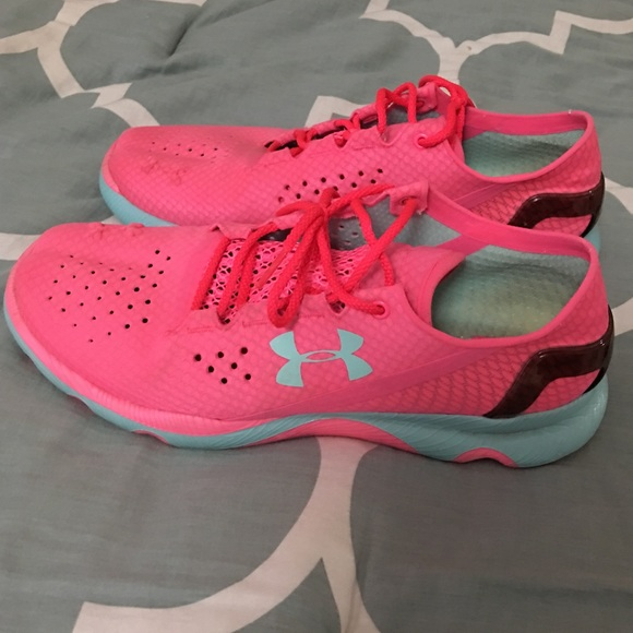 153731a4 under armour female shoes