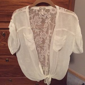 Kirra back lace top with Tie front detail- SZ-M