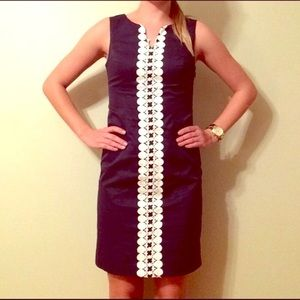 Merona blue slim dress with white detailing