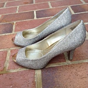 Bandolino Shoes - Bandolina Glitter Pumps
