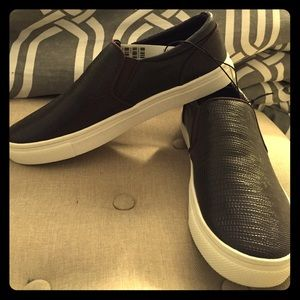 H&M brand new sneakers