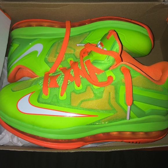 Nike Shoes | Neon Color Shoes Are Not