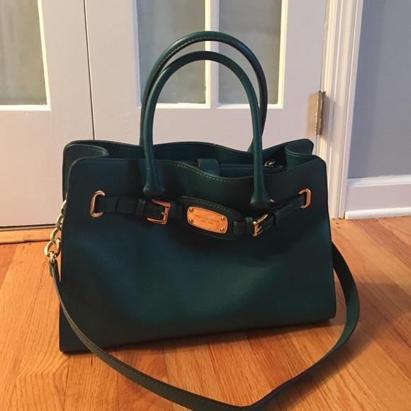 201cb22e3d46 Emerald green Michael Kors bag! M_56804ba1f09282285803b37a
