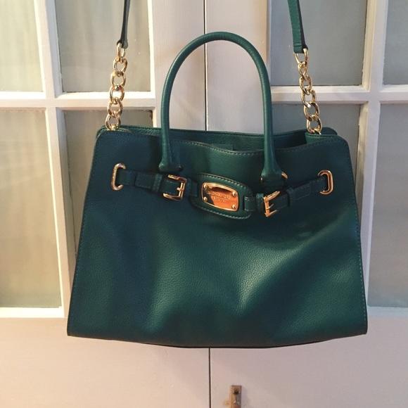 b6c7fea0745e Michael Kors Bags - Emerald green Michael Kors bag!